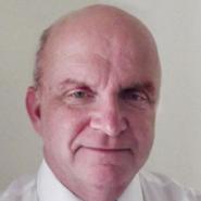 Hypnotist Carl Tucker