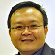 Hypnotist Pete Tan