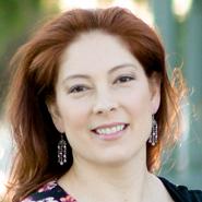 Hypnotist Lori McIntyre