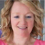 Hypnotist Peggy Kelly Davies
